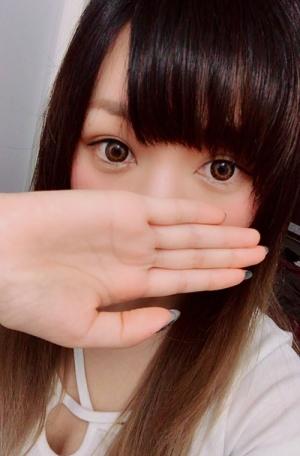 新橋のメンズエステ店アルティメットスパのセラピスト青山りみさんの写真