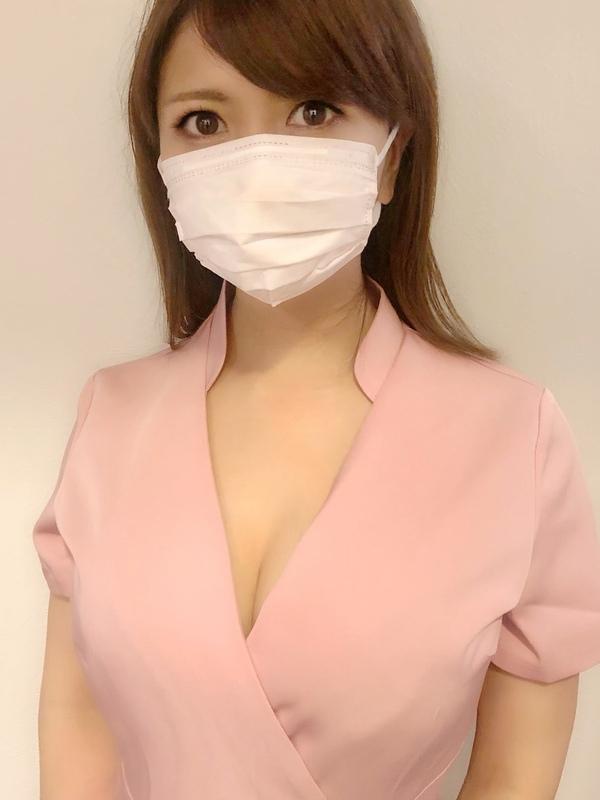 三軒茶屋のメンズエステ店フォーリンスパのセラピスト蒼川愛さんの写真