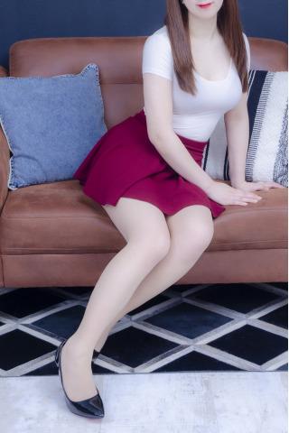 都内の出張型メンズエステ東京美人のセラピスト白石ななさんの写真